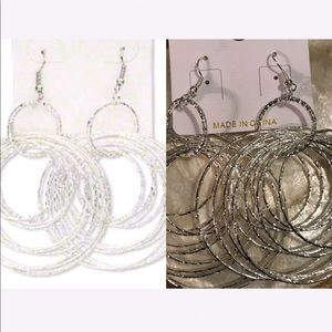 Jewelry - 🦋3.5 inch graduated textured circle earrings